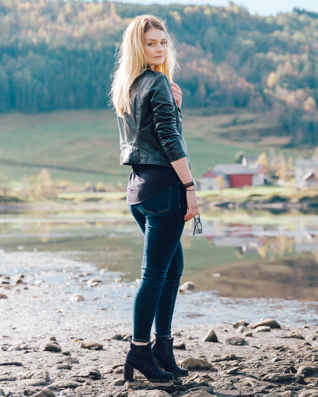 Tiny Twisst Leather Jacket Norway Potrait-2