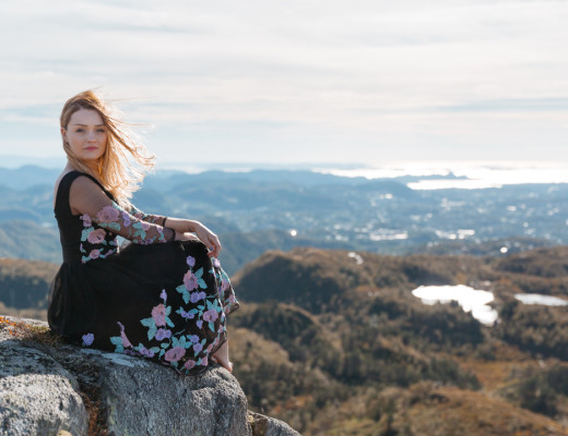 Tiny Twisst Norway Black Dress-4