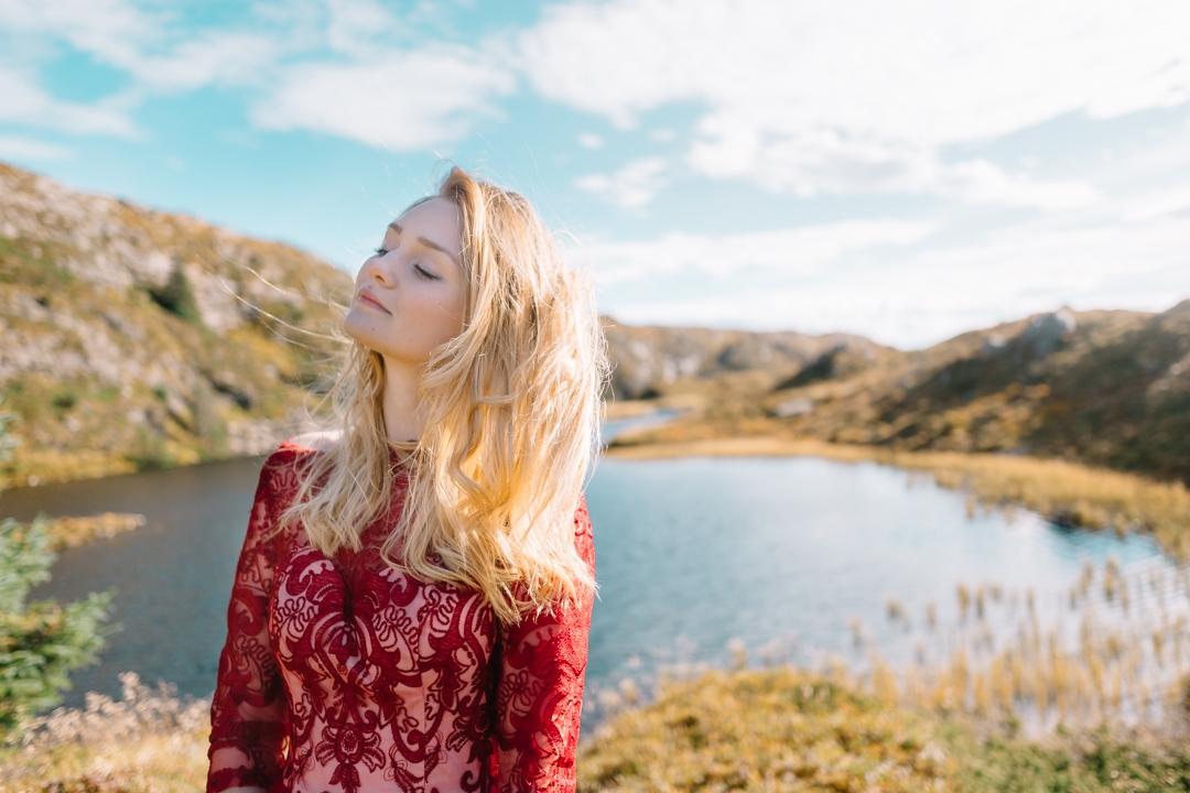 Tiny Twisst Red Dress Norway-7