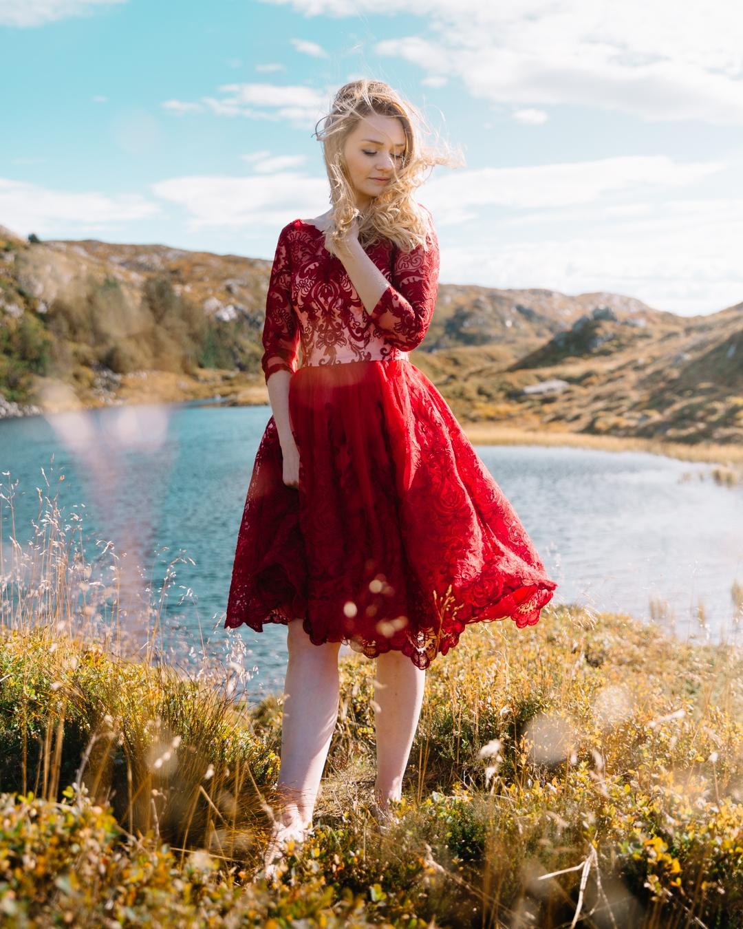 Tiny Twisst Red Dress Norway Portrait-5
